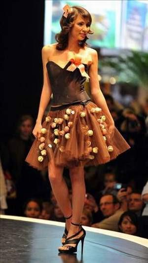 Çikolatadan yapılmış kıyafetler