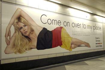 Reklamdan da kazandılar...