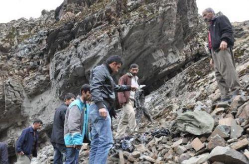 PKKlıların cesetlerini aradılar