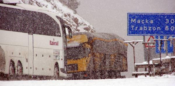 Türkiye güne kar görüntüleriyle uyandı!