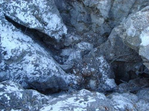 4 katlı PKK mağarası
