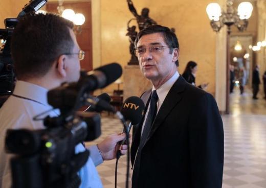 Fransız Parlamentosundan kareler