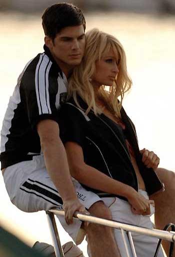 Paris Hiltondan samimi pozlar