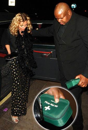 Kate Mossun olay yaratan doğum günü partisi