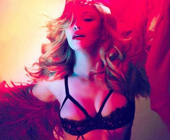 Madonnadan 53 yaş pozu