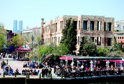 İstanbulun yalıları ve hikayeleri