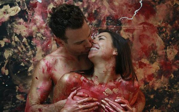 Aşkı sanatla birleştirdi