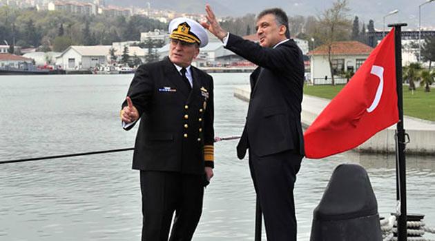 Abdullah Gül denizaltı fotoğraflarını paylaştı