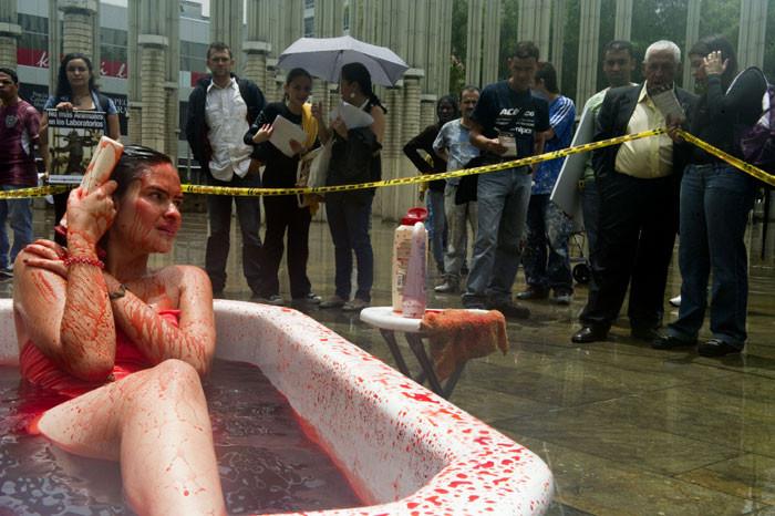Şehrin ortasında kan banyosu