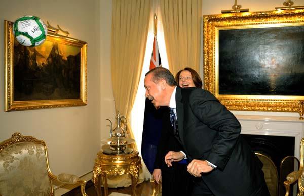 Başbakan Erdoğandan gol şov