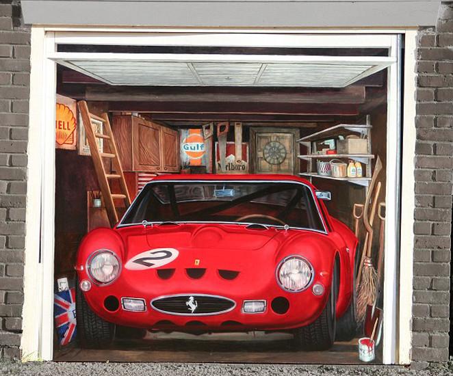 Garaj kapısı öyle bir yere açılıyor ki