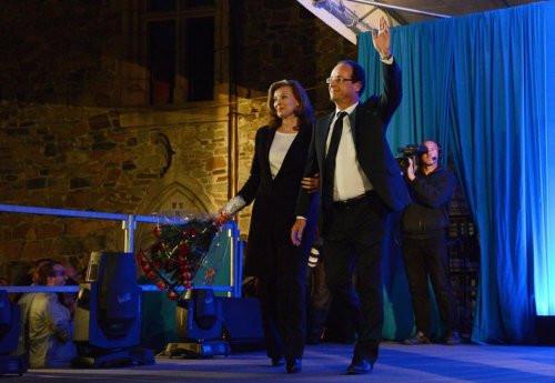Fransanın yeni first Ladysi Valerie Trierweiler