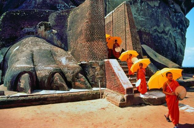 Dağın tepesindeki esrarengiz saray
