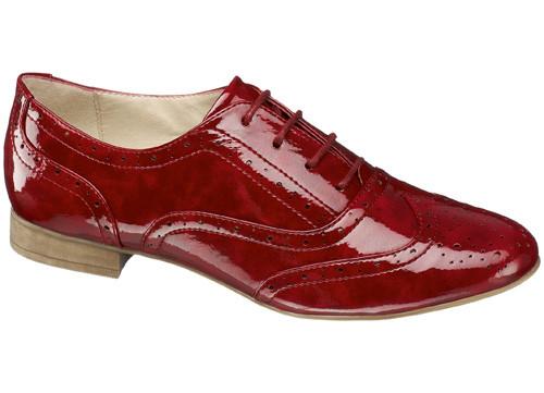 En trendy vişne renkli sandaletler DEICHMANN'da!