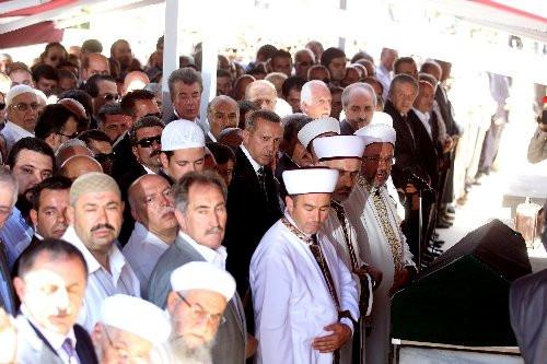 Sabri Ülker son yolculuğuna uğurlandı