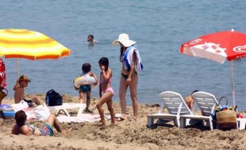 Plajda don nöbeti!