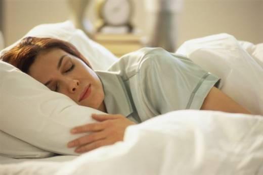 Sıcakta rahat uyumanın 13 yolu