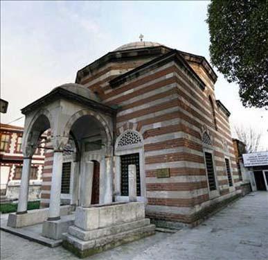 Türkiyede en çok ziyaret edilen türbe