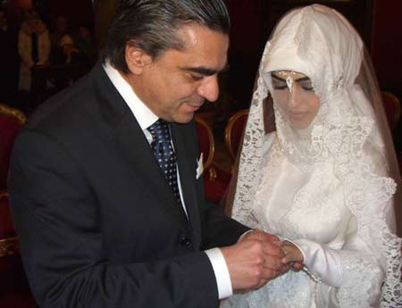 Ağcanın eski nişanlısı Rabia Özden Kazan evlendi