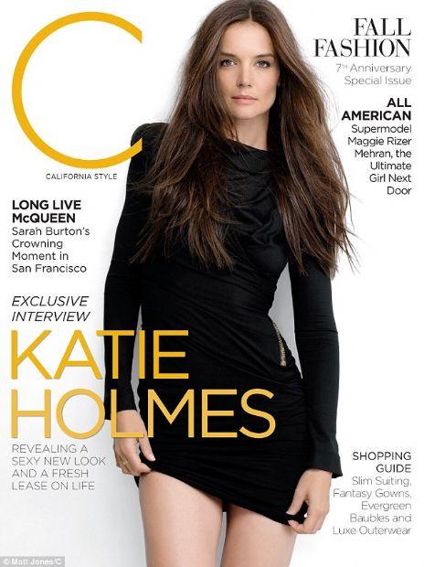 Katie Holmesa bekarlık yaradı