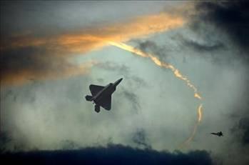 En son teknoloji uçaklar
