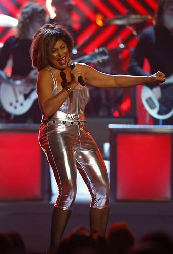 Sahnede Beyonce show !