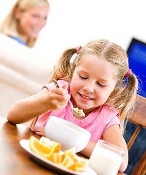 Okula gidecek çocuklara kahvaltı önerileri