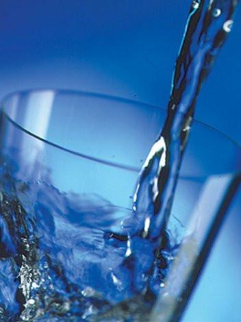 Sıcak su zayıflamamıza yardımcı olur mu
