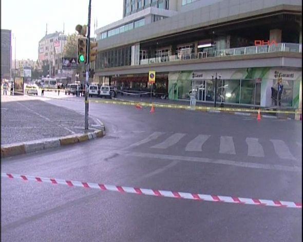 Taksimde bomba paniği