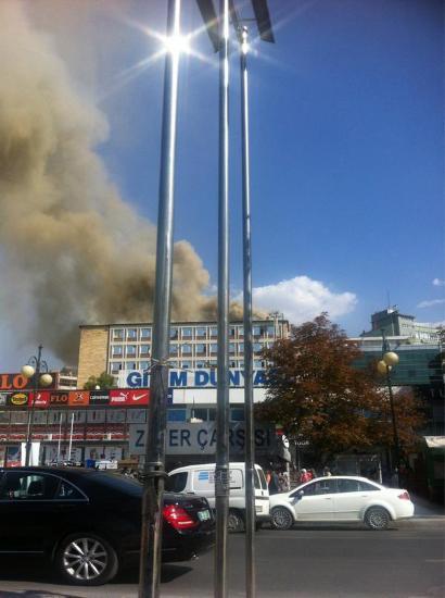 Ankarada fabrika yangını !