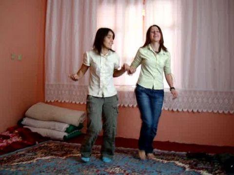 Kadın PKKlıların şoke eden görüntüleri!