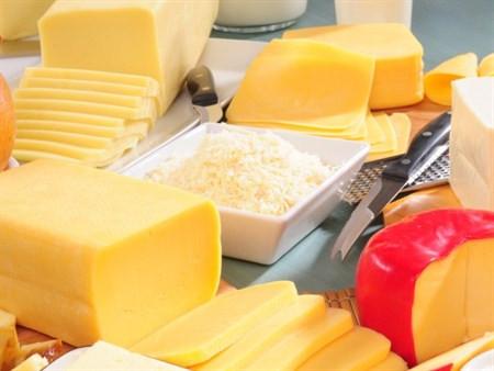 Peynir tüketerek kemik erimesinden kurtulun!