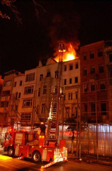 Beyoğlunda yangın