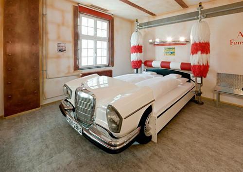 Otomobilseverlerin hayalindeki otel