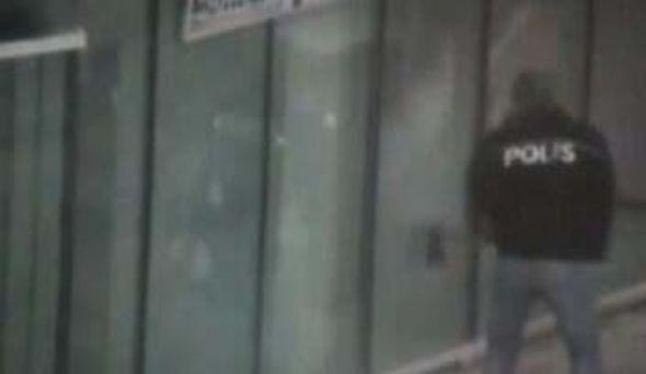Polis teröristin tepesine böyle bindi