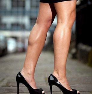 Topuklu ayakkabıyla nasıl yürümeli?