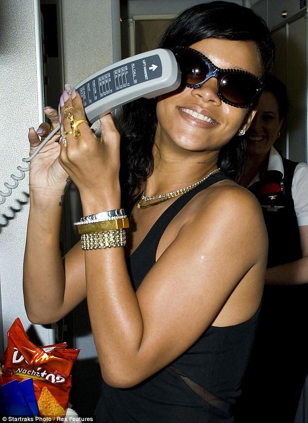 Kaptan pilotunuz Rihanna konuşuyor
