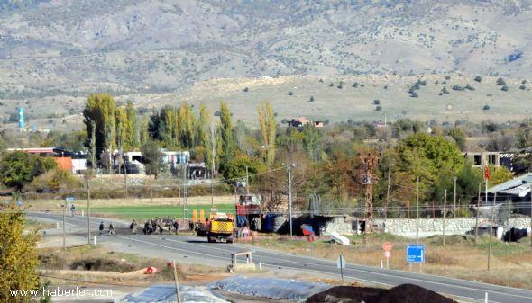 PKK bomba yüklü traktörle saldırdı