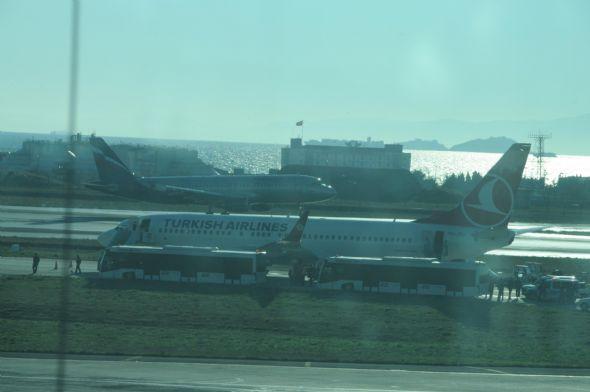 Atatürk Havalimanında uçağa bomba ihbarı