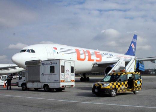 Havalimanındaki altınların sahibi Ebru Gündeşin eşi çıktı