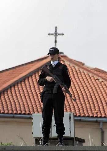 Papayı Böyle Protesto Ettiler