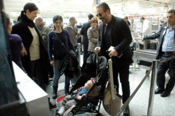 Cem Yılmaz oğlu Kemalle görüntülendi