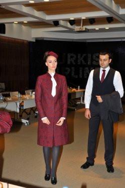 THY hostes kıyafetlerini paylaştı