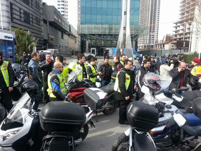 İstanbulda büyük protesto !
