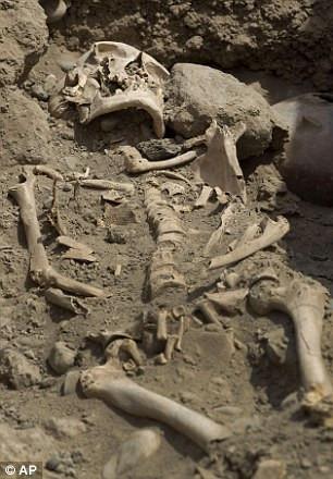 1400 yıllık mezar