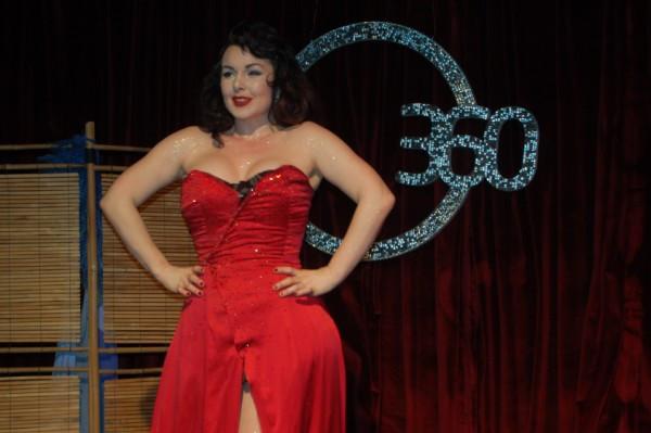 Burlesque İstanbul göz kamaştırdı