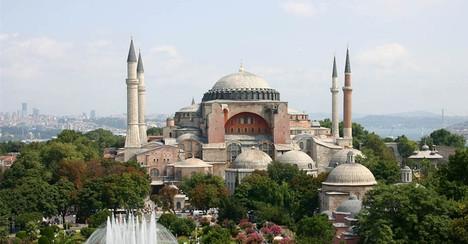 Türkiyede kaç cami var ?