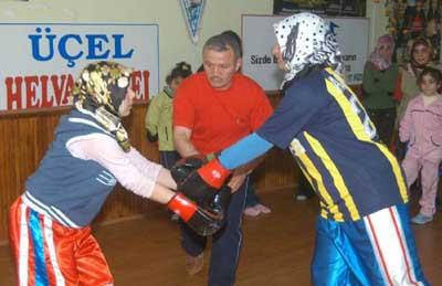 Türbanlı boksör