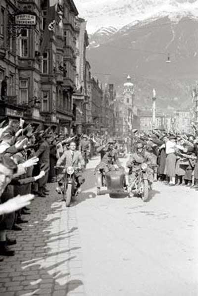 Hitlerin bilinmeyen mitingi