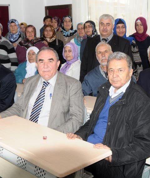 CHPli Belediye Kuran Kursu açtı,bakın hangi ilimize!
